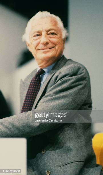 Giovanni Agnelli called Gianni Industrial lawyer entrepreneur principal shareholder and leader of Fiat group Torino February 1990