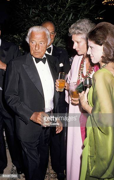 Giovanni Agnelli wife Marella Caracciolo and Annette Reed