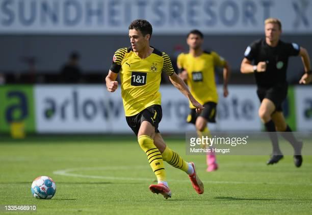 Giovanni Alejandro Reyna of Dortmund controls the ball during the Bundesliga match between Sport-Club Freiburg and Borussia Dortmund at SC-Stadion on...