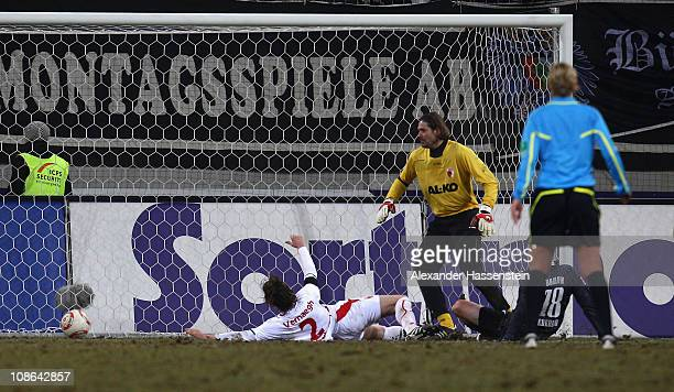 Giovanni Federico of Bochum scores the first team goal during the Second Bundesliga match between FC Augsburg and VfL Bochum at Impuls Arena on...