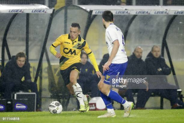 Giovanni Korte of NAC Breda Roel Janssen of VVV Venlo during the Dutch Eredivisie match between NAC Breda and VVV Venlo at the Rat Verlegh stadium on...