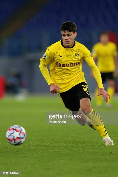 Giovanni Reyna of Borussia Dortmund in action during the UEFA Champions League Group F stage match between SS Lazio and Borussia Dortmund at Stadio...