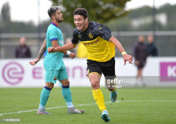 Giovanni Reyna of Borussia Dortmund U19 celebrates after scoring his teams first goal during the UEFA Youth League match between Borussia Dortmund...