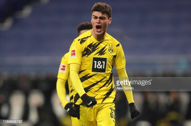Giovanni Reyna of Dortmund celebrates his team's first goal do32during the Bundesliga match between Eintracht Frankfurt and Borussia Dortmund at...