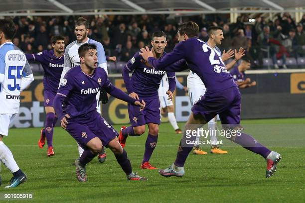 Giovanni Simeone and Federico Chiesa of ACF Fiorentina reacts after a goal during the serie A match between ACF Fiorentina and FC Internazionale at...