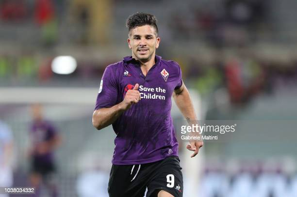 Giovanni Simeone of ACF Fiorentina in action during the Serie A match between ACF Fiorentina and SPAL at Stadio Artemio Franchi on September 22 2018...