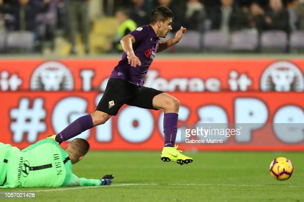 Giovanni Simeone of ACF Fiorentina in action during the Serie A match between ACF Fiorentina and AS Roma at Stadio Artemio Franchi on November 3 2018...