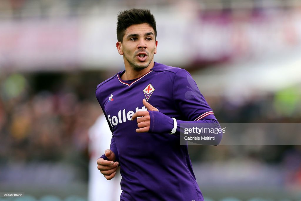 Giovanni Simeone of ACF Fiorentina in action during the ...