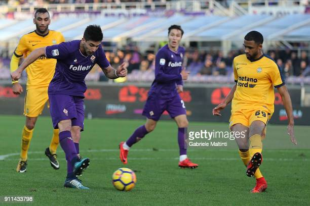 Giovanni Simeone of ACF Fiorentina in action during the serie A match between ACF Fiorentina and Hellas Verona FC at Stadio Artemio Franchi on...