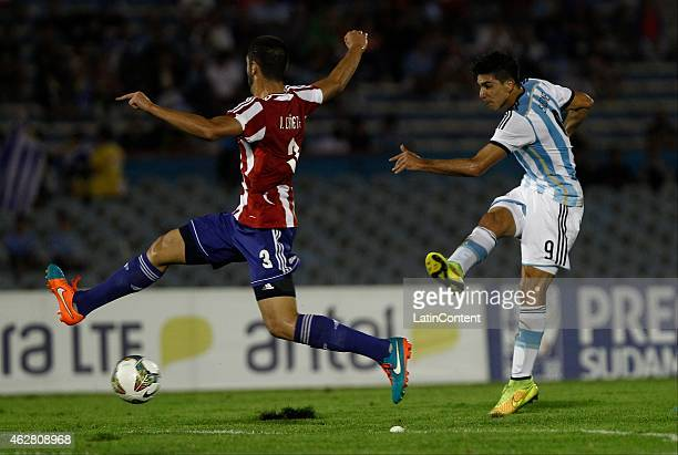 Giovanni Simeone of Argentina takes a shot during a match between Argentina and Paraguay as part of the fourth round of the second stage of U20 South...
