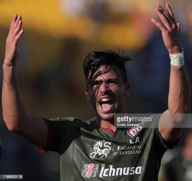 Giovanni Simeone of Cagliari Calcio celebrates his goal during the Serie A match between Parma Calcio and Cagliari Calcio at Stadio Ennio Tardini on...