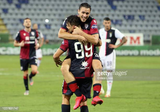 Giovanni Simeone of Cagliari celebrates scoring the second goal during the Serie A match between Cagliari Calcio and Juventus at Sardegna Arena on...