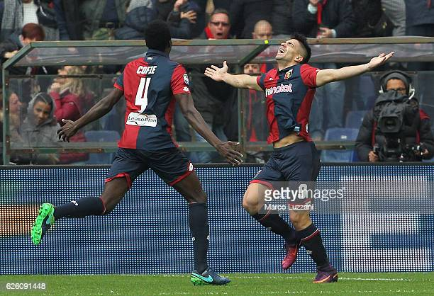 Giovanni Simeone of Genoa CFC celebrates after scoring the opening goal during the Serie A match between Genoa CFC and Juventus FC at Stadio Luigi...