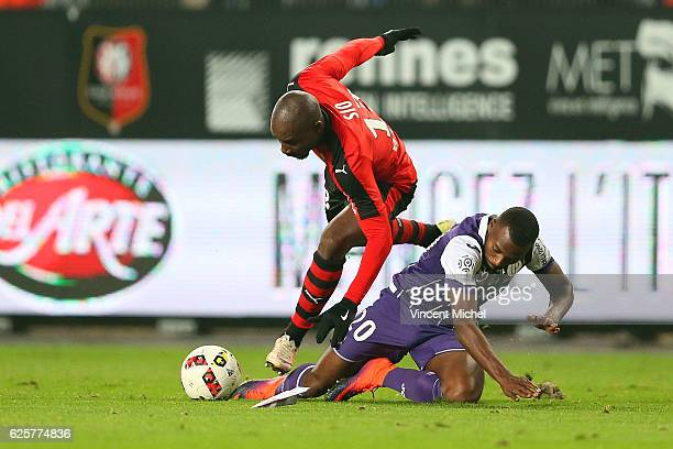 Giovanni Sio of Rennes and Steeve Yago of Toulouse during the French Ligue 1 match between Rennes and Toulouse at Roazhon Park on November 25, 2016...