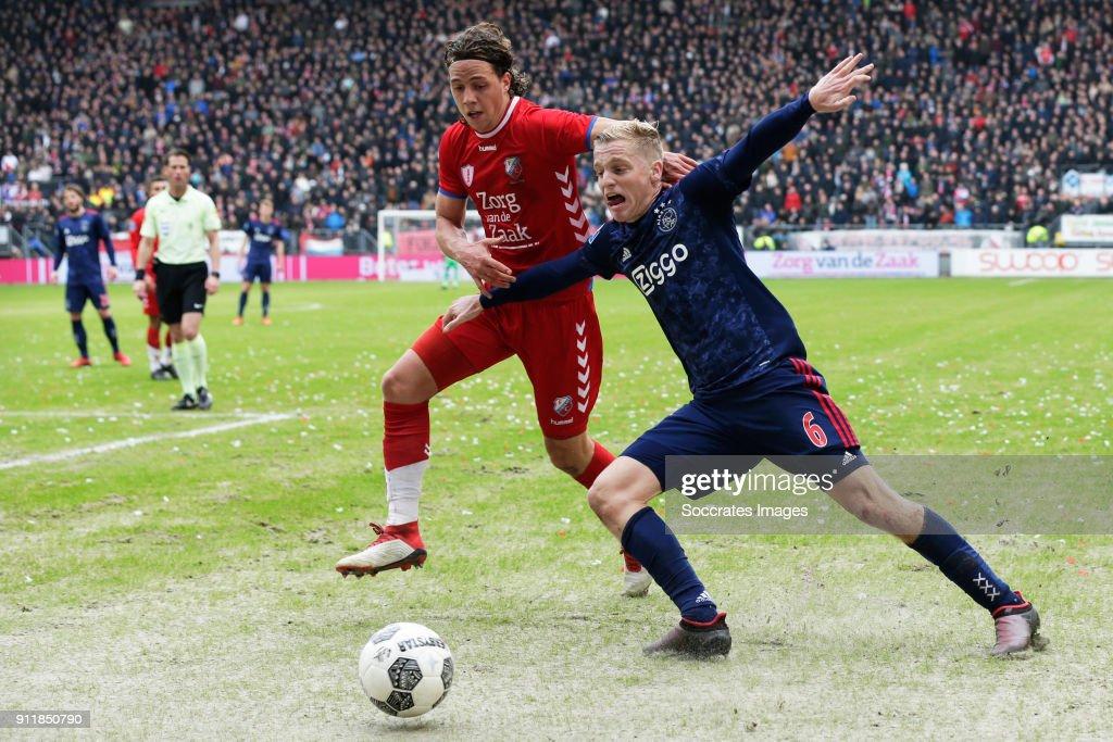 Giovanni Troupee of FC Utrecht, Donny van de Beek of Ajax during the Dutch Eredivisie match between FC Utrecht v Ajax at the Stadium Galgenwaard on January 28, 2018 in Utrecht Netherlands