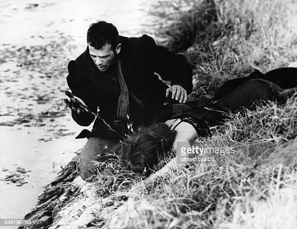 """Girardot, Annie *-+ Schauspielerin, Frankreich - mit Renato Salvatori in dem Film """"Rocco und seine Brueder"""", Regie: Luchino Visconti, Italien/..."""