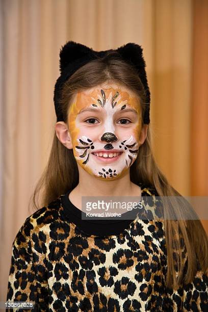 girl, 8 years old, dressed up as a cat, carnival, germany, europe - mardi gras girls stock photos and pictures