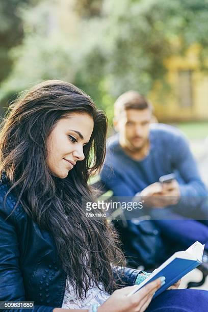 flirting games romance girl boy girl pictures