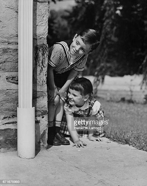 girl and boy playing - {{relatedsearchurl(carousel.phrase)}} stock pictures, royalty-free photos & images
