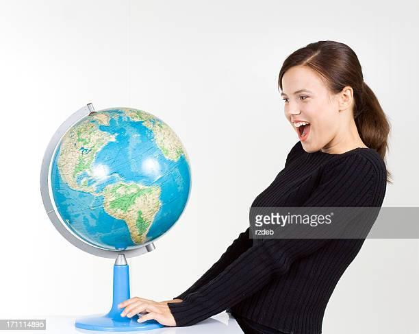 Mädchen und Schule Globus