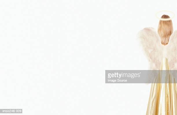 girl dressed as angel - christkind stock-fotos und bilder