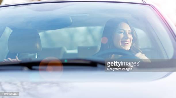 Rapariga Condução de