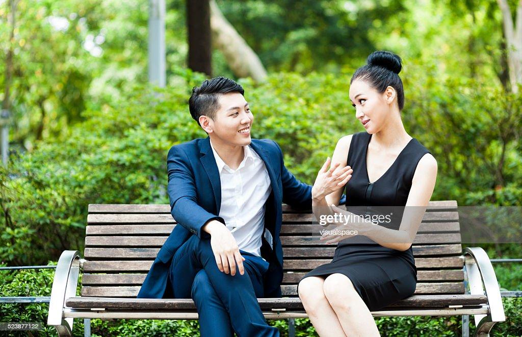 Asian Kerl Dating caucasian Mädchen
