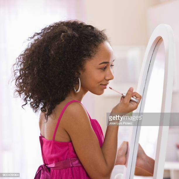 girl getting ready for homecoming dance - femininity stock pictures, royalty-free photos & images