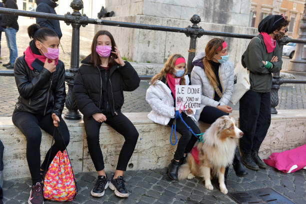 "ITA: ""Not One Less"" Feminist Movement Demonstrates Against Male Violence"