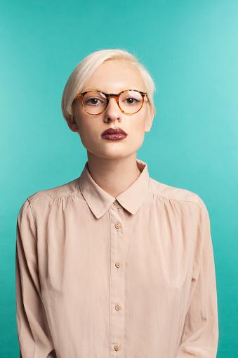 Girl in sunglasses - gettyimageskorea