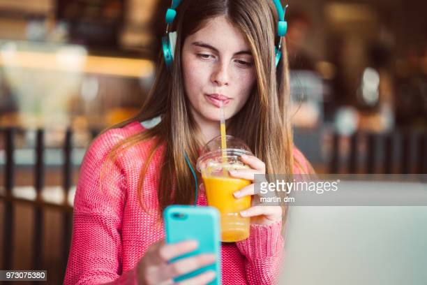 girl in the city - mp3 juices stock photos and pictures