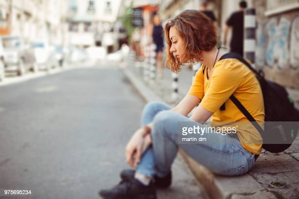 girl in the city - homelessness stock pictures, royalty-free photos & images