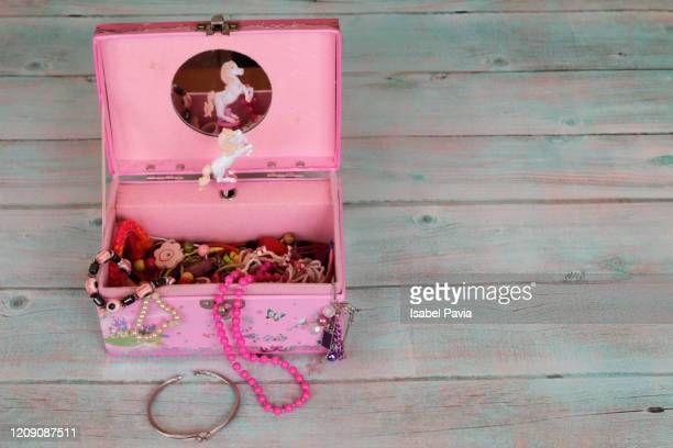 girl jewelry in jewelry box - music box stock pictures, royalty-free photos & images