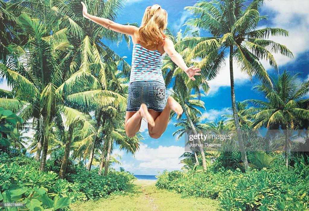 Girl jumping : Stock Photo