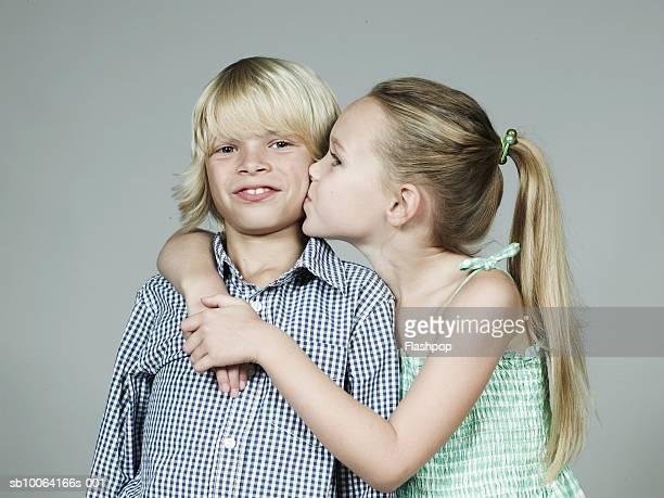 Boys Kiss Girls Without Dress Photos Et Images De Collection  Getty Images-3478