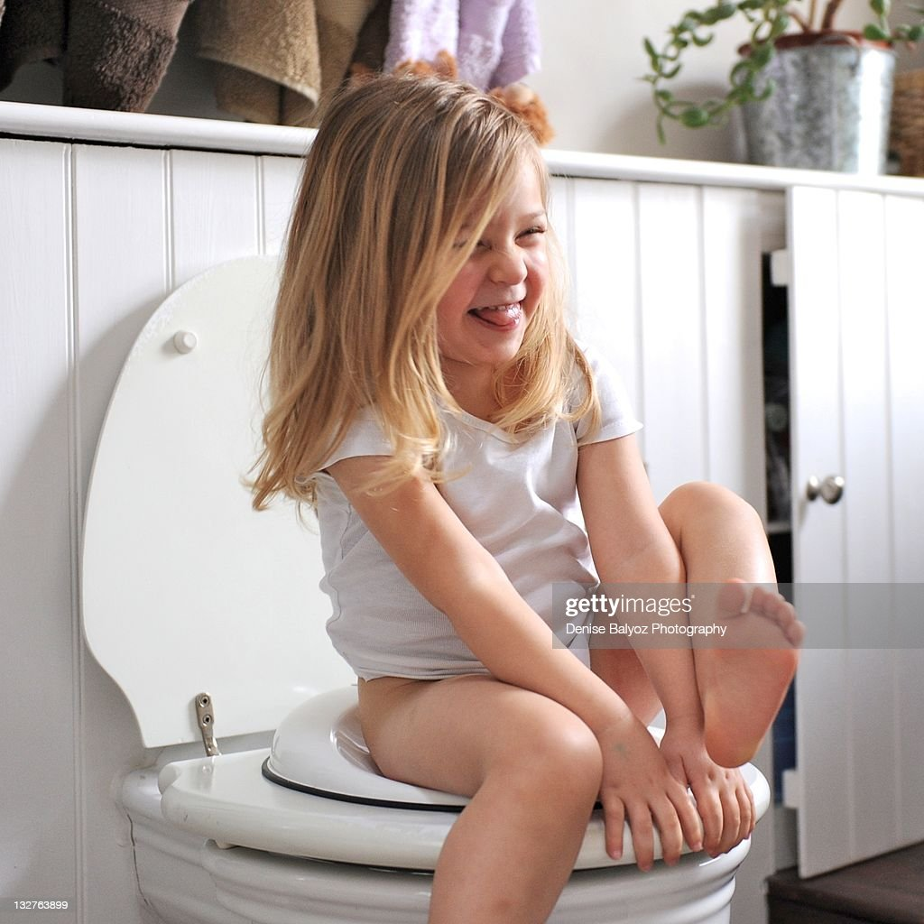 Young nude girl on toilet 9