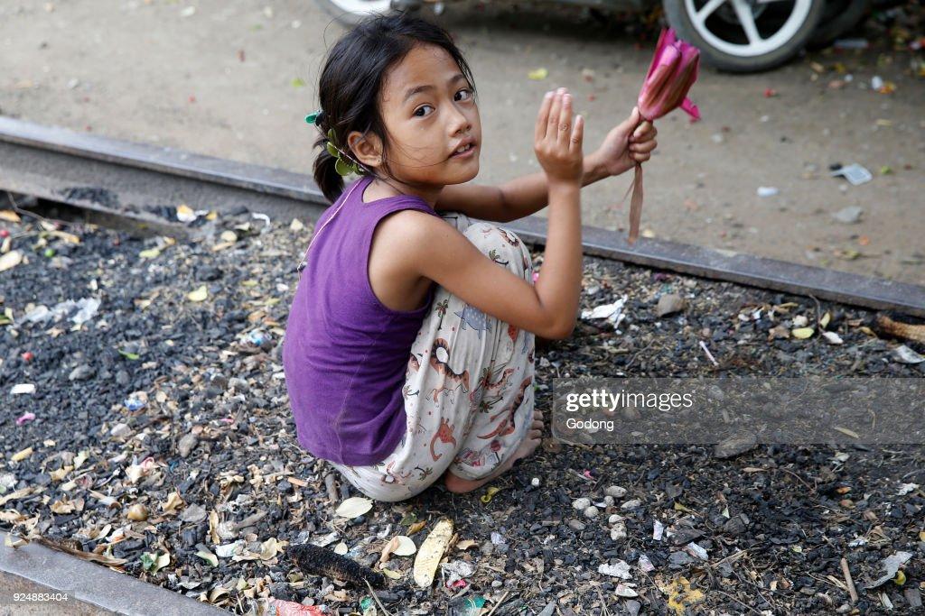 Escort girls in Battambang