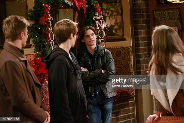 "girl meets new years script ""girl meets world"" chronicles the lives of original characters cory (ben savage) and topanga (danielle fishel) as they raise their kids riley (rowan blanchard) and auggie (august maturo) in new york city the disney channel has yet to release plot details for the season finale, but they did release this."