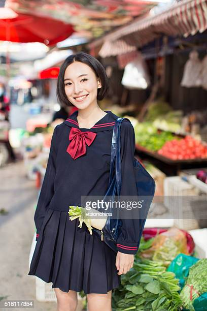 girl on the market
