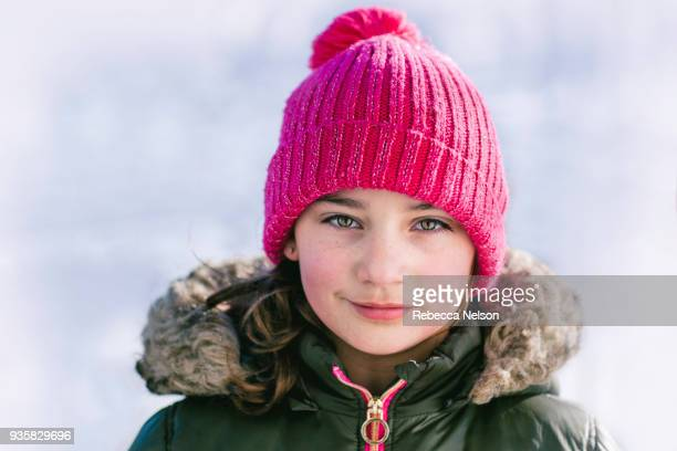 girl outdoors after snowfall - ピンクの頬 ストックフォトと画像
