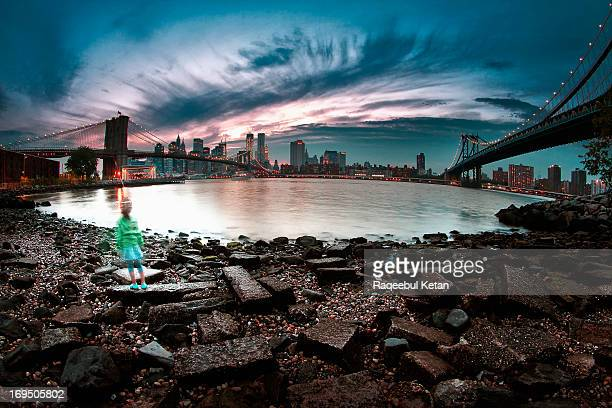 CONTENT] Girl playing between Manhattan and Brooklyn bridge during sunset A good old fisheye from Dumbo Brooklyn NY