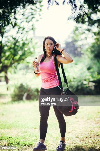 girl prepairing for workout - gym bag stock pictures, royalty-free photos & images