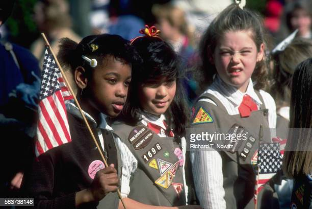 girl scouts at parade - presidents day stock pictures, royalty-free photos & images