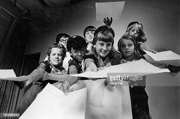 SEP 21 1970 SEP 30 1970 Girl Scouts POW Petition Drive Girls from the Eastview Neighborhood's Girl Scout Troop 439 hold out petitions they have been...