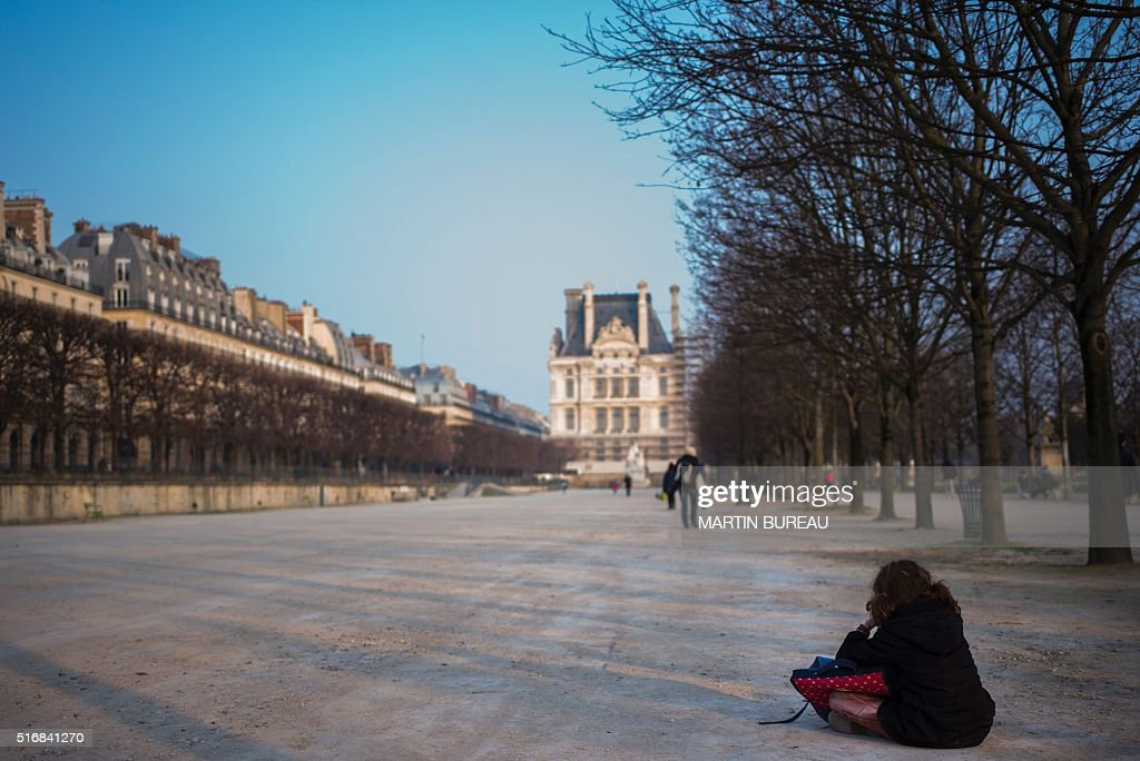 Bureau jardin stock photos and pictures getty images