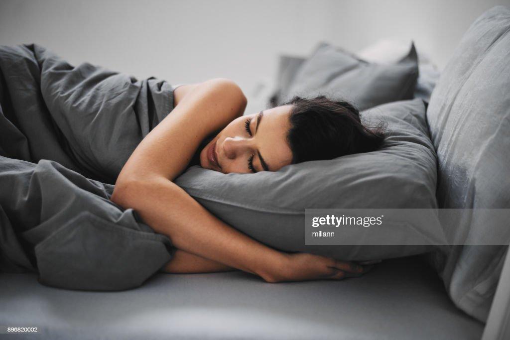 Meisje slapen : Stockfoto