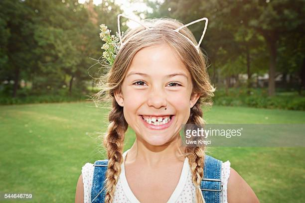 girl (8 - 9 years) smiling, close up - 8 9 years stock pictures, royalty-free photos & images