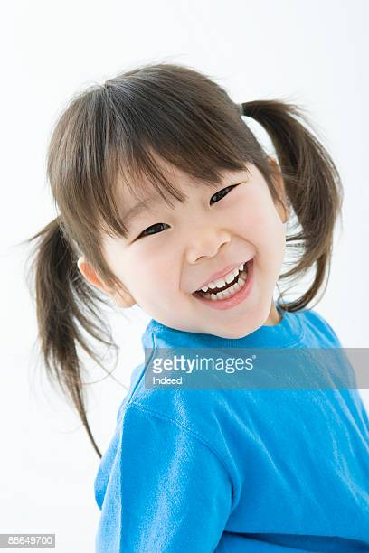 girl (4-5 years) smiling, portrait - 2 3 years stock pictures, royalty-free photos & images