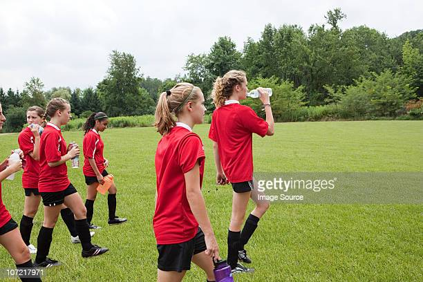 girl soccer players on field - chatham new york state stock pictures, royalty-free photos & images