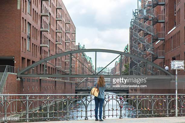 Girl @ Speicherstadt, Hamburg